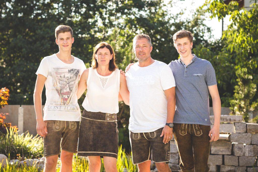 family_Haindls-1_Farbe_klein_fuer_HP